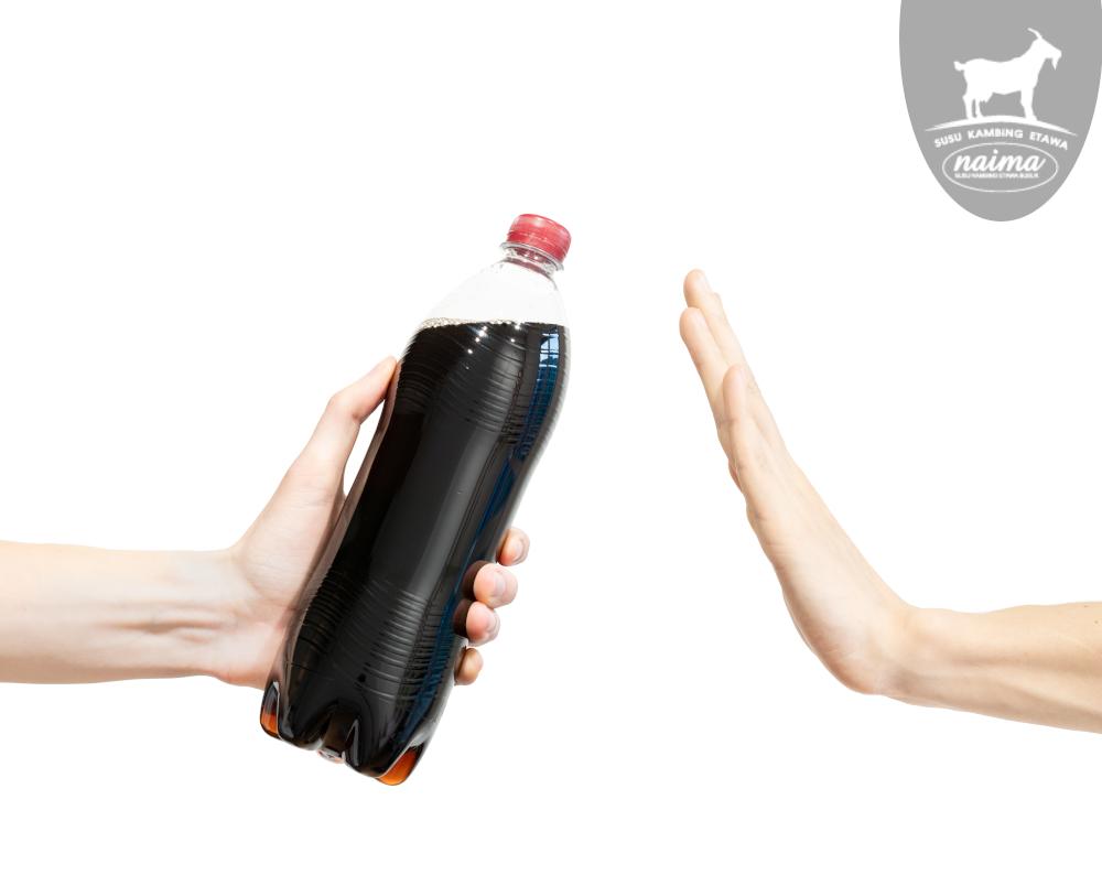 Hand refuse soda [susukambing.id]